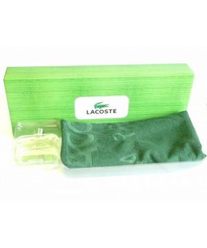 Lacoste - Essential rinkinys vyrams.  Purškiamas tualetinis vanduo 125 ml + rankšluostis.